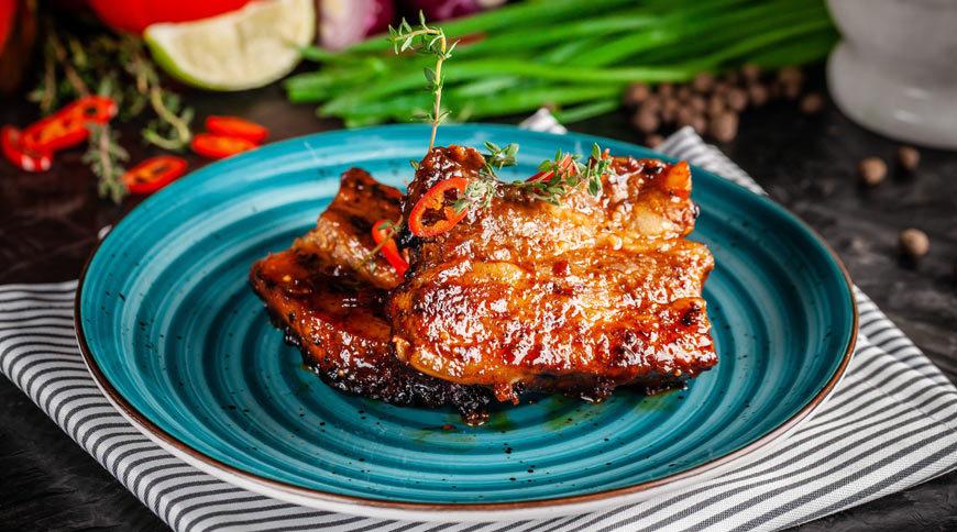 Côtes de porc marinées aux épices